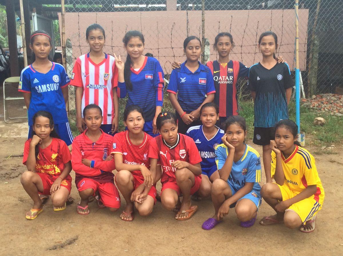 女子サッカーのメンバー